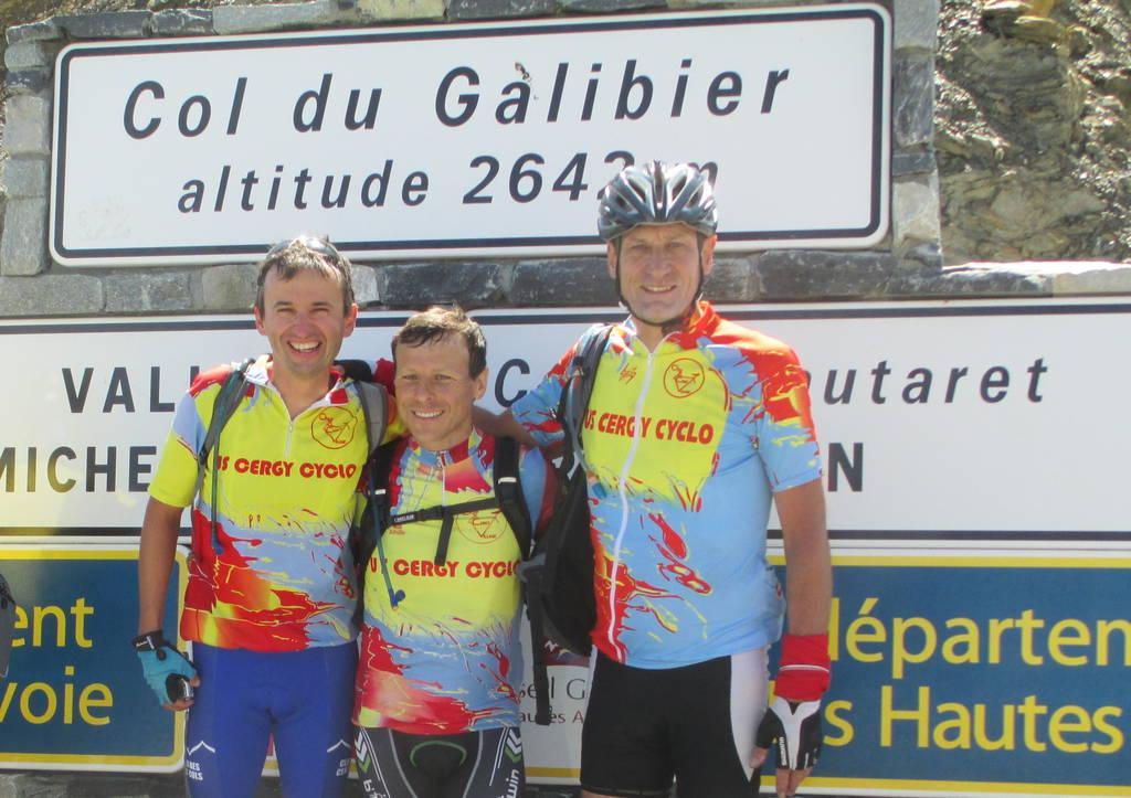 Stéphane Joseph et Jean-Marie Herouin au sommet du Col du Galibier 2646 m