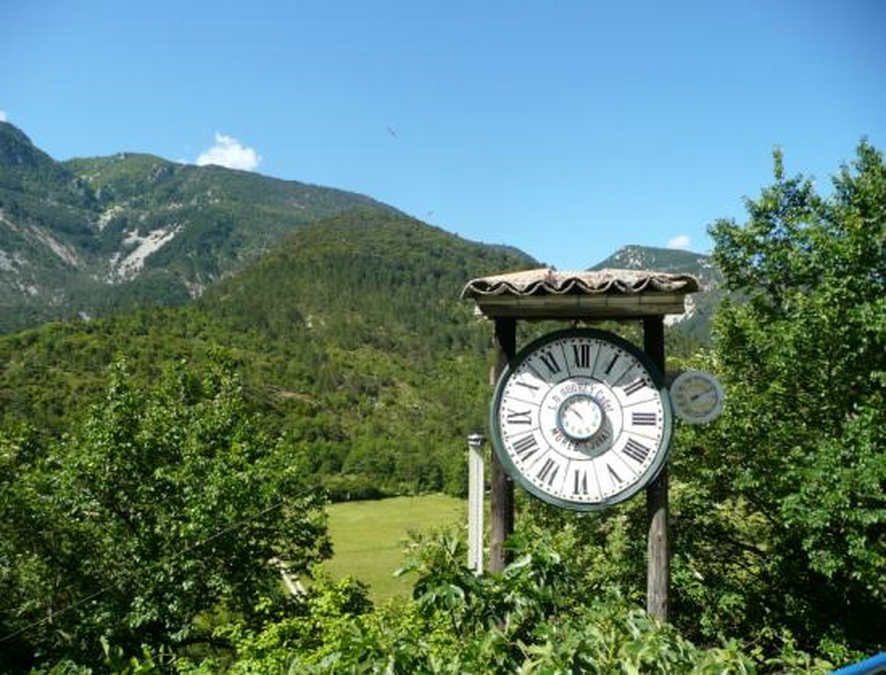 Horloge en pleine nature