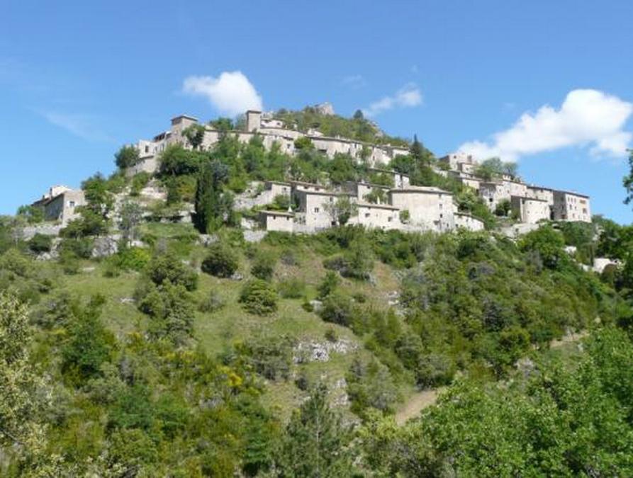 Le village de Brantes