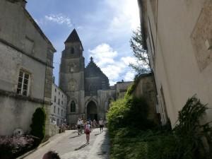 L'abbatiale de Saint-Seine l'Abbaye (BPF/BCN)