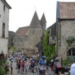 Châteauneuf en Auxois On aperçoit Edouard
