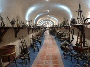 A Gevrey-Chambertin, musée de divers outils.