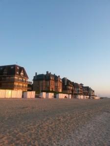 Maisons devant la plage d'Houlgate