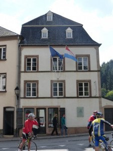 La maison de Victor Hugo où il séjourna du 1er juin au 23 septembre 1871
