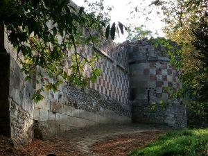Enceinte et fortifications du châtau d'Arthies