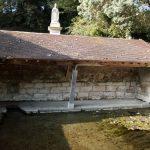 La fontaine Saint-Romain à Wy dit Joli Village