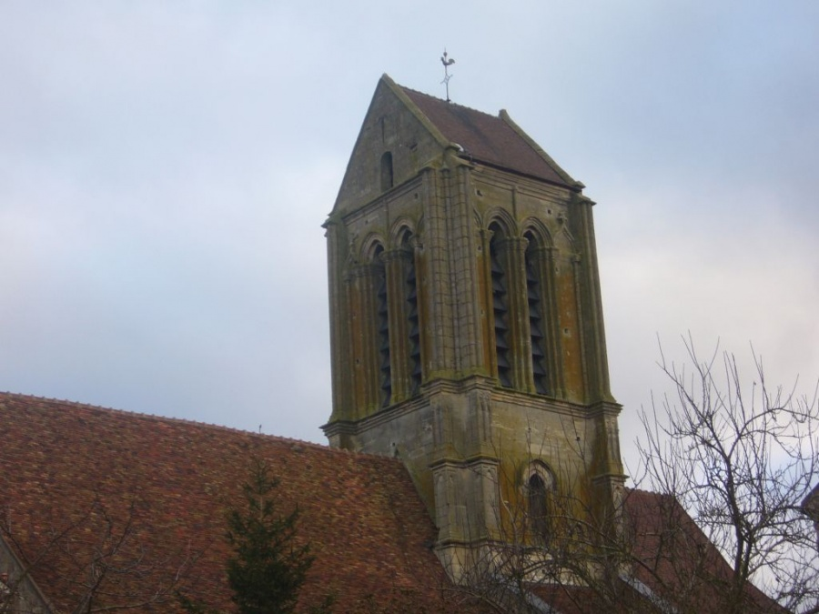 Le clocher de l'église d'Hérouville
